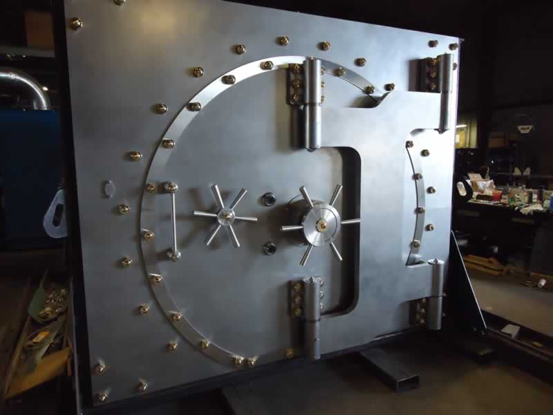 & Vault Structures Inc. - Round Vault Door